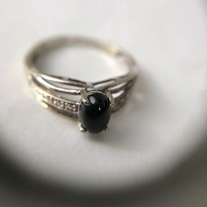 Jewelry - 925 silver and black onyx ring